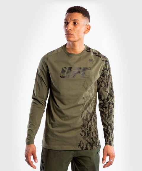 UFC Venum Authentic Fight Week Men's Long Sleeve T-shirt - Khaki